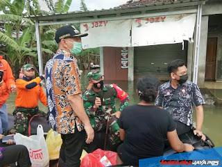 Dandim Bersama Forkopimda Jepara Tinjau Lokasi Warga Yang Terdampak Banjir