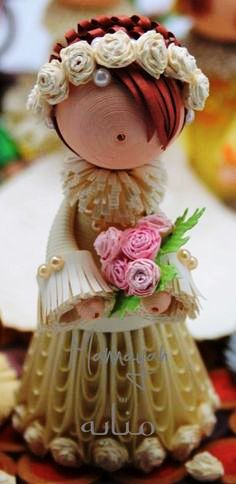 wonderful miniature quilling dolls by Nizelprim