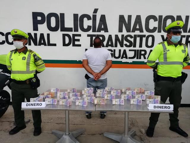 hoyennoticia.com, Llevaba escondidos $154 millones en una camioneta