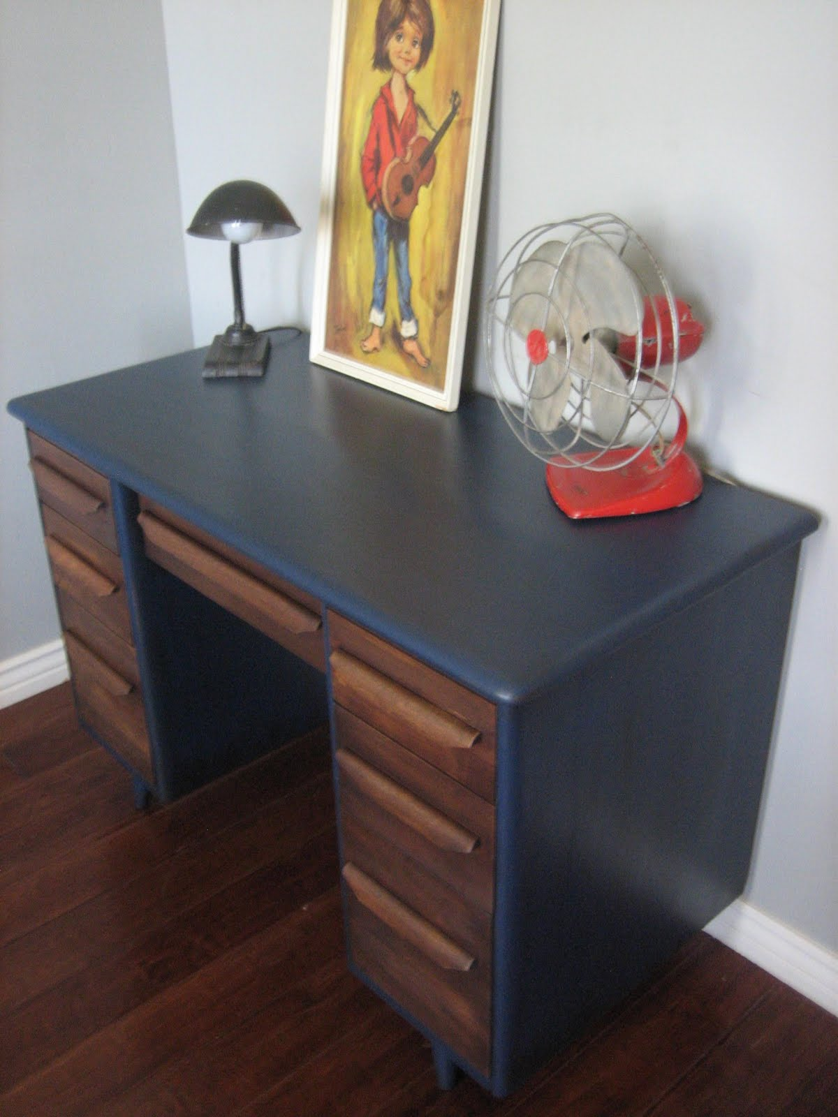 European Paint Finishes Retro Blue Amp Brown Desk