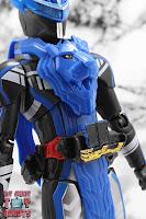 S.H. Figuarts Kamen Rider Blades Lion Senki 07