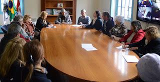 Soarte e Governo Municipal tratam de projetos de incentivo ao trabalho dos artistas plásticos de Teresópolis
