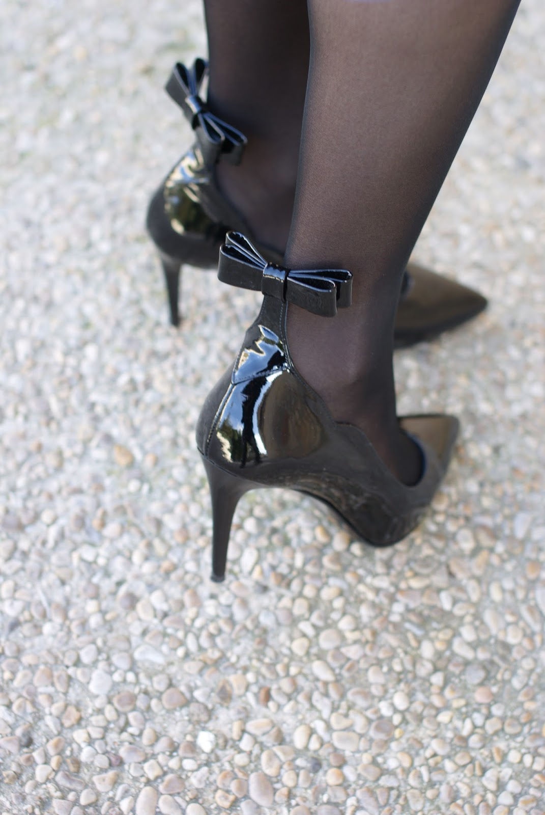 Sergio Amaranti BeKate pumps on Fashion and Cookies fashion blog, fashion blogger style