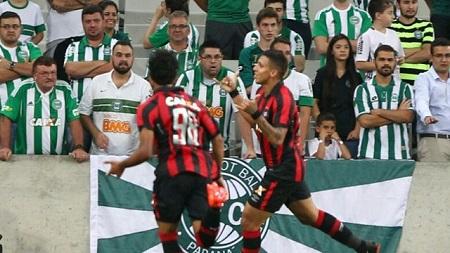 Assistir Atlético-PR x Coritiba ao vivo grátis 30/04/2017