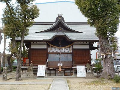 鼻川神社拝殿
