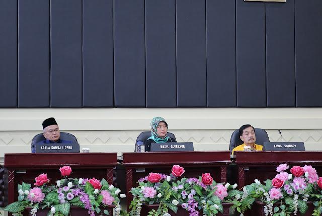 Wagub Chusnunia Lantik 5 Anggota Komisi Informasi Provinsi Lampung Periode 2020-2024