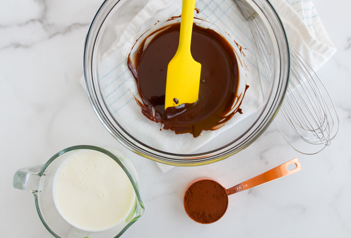 How to Make Dark Chocolate Peanut Butter Ice Cream