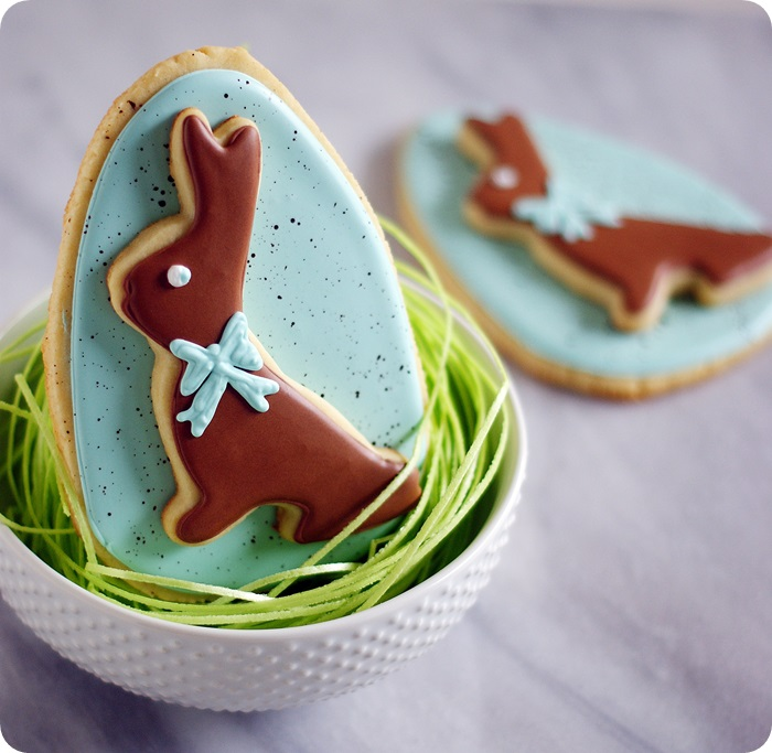 double-decker bunny decorated cookies for Easter