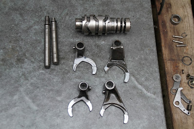 Cagiva mito 125 7 speed gearbox 5P engine Gears ( difference )