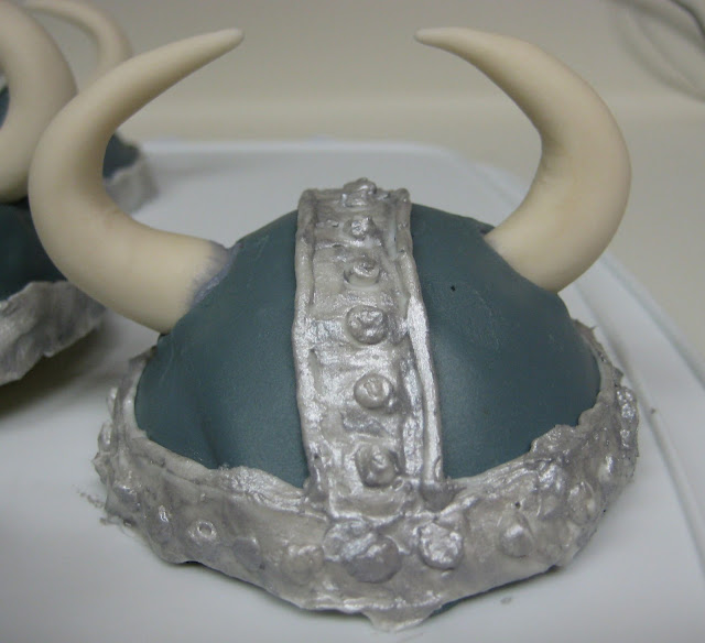 How to Train Your Dragon Viking Helmet Mini Cakes - Close-Up 1