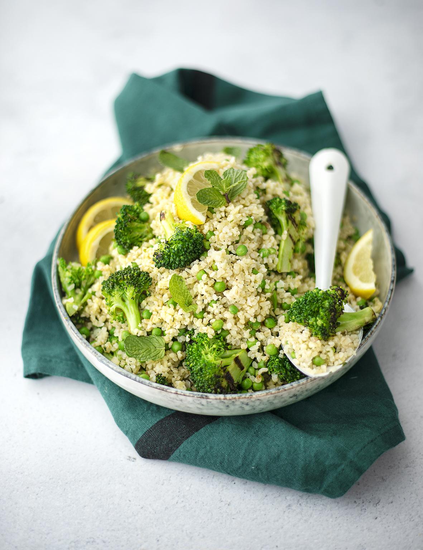 Salade de boulgour citronnée aux légumes verts & à la menthe