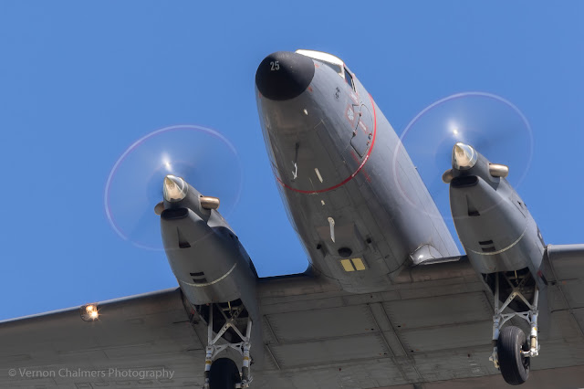 Slower Shutter Speed Action: Blurring  Propellers at 1/60s