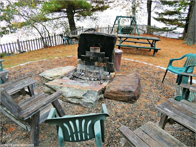 Zona Picnic en Lakeside Cedar Cabins en Maine