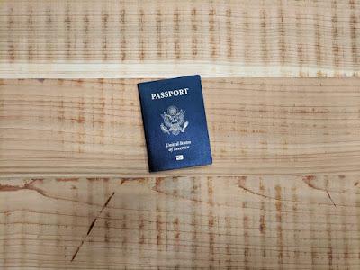 Jenis Dokumen Penting Yang Harus Dibawa Saat Travelling