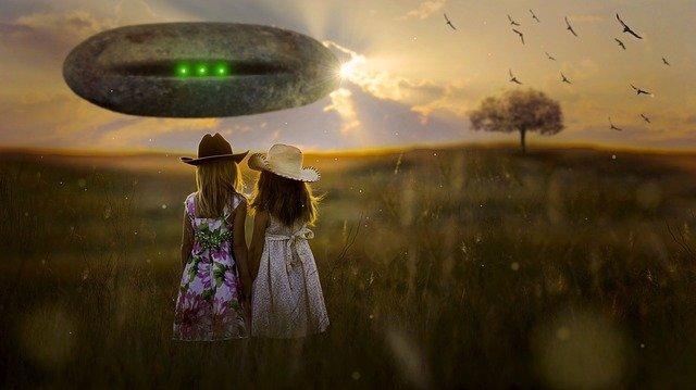 उड़न तश्तरियों का कहर : Attack of UFO in hindi