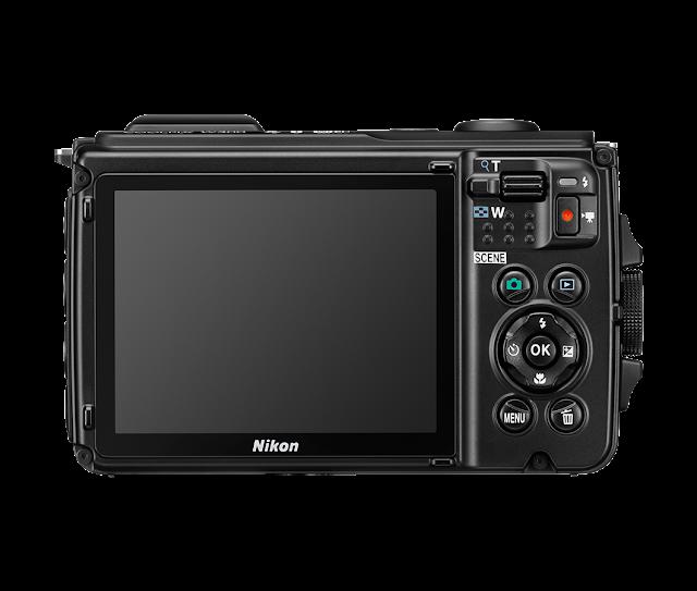 Nikon Coolpix W300, сзади