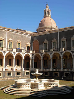 Italia. Italy. Italie. Sicilia. Sicily. Sicile. Catania. Catane. Monasterio di san Nicolò l'Arena. Universidad