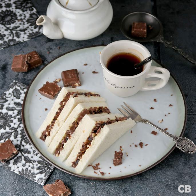 Feestelijke chocolade-sandwiches voor je high tea