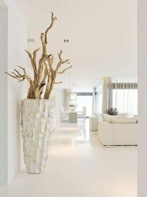 Grand floor vase design for inspiring decoration modern home