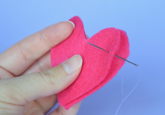 Fill a pocket heart with love as a back to school keepsake for your child.  A nice tool for helping to deal with nerves or anxiety about going back to school.  Quick and easy to sew!