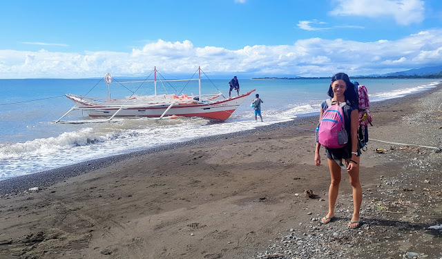 I paused to pose with my full travelling pack before boarding our boat at Culasi Port in Antique || GREGG YAN