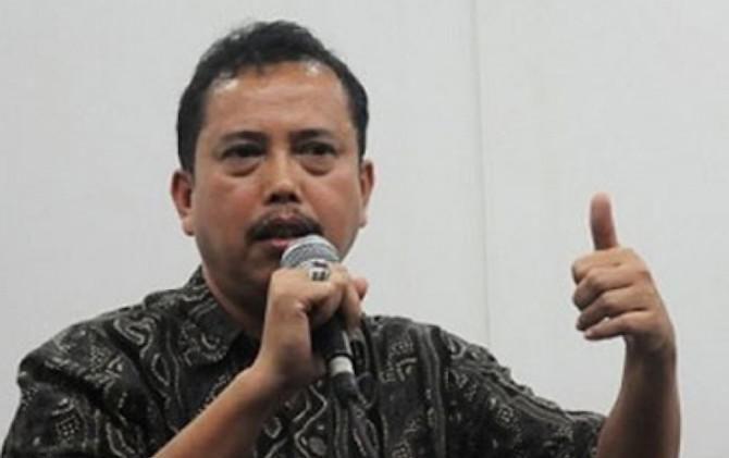 IPW Tantang Firli Bahuri Seret Azis Syamsudin ke Pengadilan Tipikor
