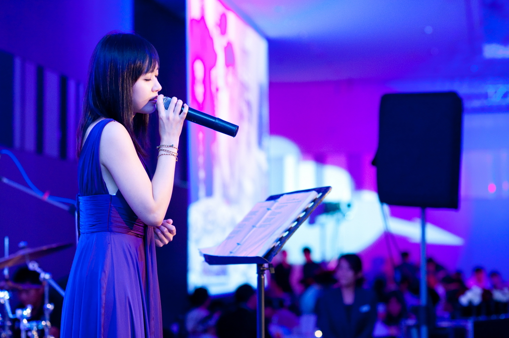 Real Art - 真實藝術有限公司: Our Singer-方雅賢