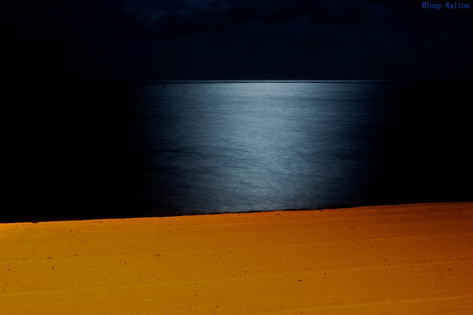 Tony walton minimalism minimal capture composition for Minimal art instagram
