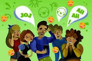 Karakteristik Ciri-ciri teks anekdot  Teks anekdotal umumnya terkait dengan layanan publik, politik, lingkungan dan sosial. Ciri atau karakteristik teks anekdotal adalah sebagai berikut:  1. Karakteristik bentuk teks anekdotal dimana mendekati perumpamaan  Perumpamaan teks terstruktur secara anekdot mengambil bentuk karakteristik dongeng. Sebagai esai yang didasarkan pada imajinasi dan itu menambah segala sesuatu yang nyata atau real dalam masyarakat.  2. Karakteristik anekdotal berikutnya menunjukkan sosok yang dekat dengan kehidupan sehari-hari atau karakteristik orang-orang penting  Biasanya, dalam teks anekdotal, ada karakter di dunia nyata dan kita menemukannya dengan mudah dalam kehidupan sehari-hari sebagai tokoh cerita.  3. Memiliki ciri karakter yang lucu, guyon, geli dan menyenangkan tetapi menyindir  Seperti disebutkan sebelumnya, teks anekdotal memang dirancang untuk merumuskan karakteristik kritik dengan cara yang berbeda.  Semacam lelucon yang sengaja dibuat untuk tujuan tertentu, seperti menyindir. Biasanya terkait dengan masalah sosial yang sudah menjadi pengetahuan umum.  4. Tujuan anekdotal tersembunyi dalam kritik  Tujuan kritik artikel teks menjadi karakteristik utama dalam konteks penulisan teks anekdotal, di mana penulis akan menulis kritik dengan karakteristik cara yang lebih lucu dan dapat diterima oleh publik.