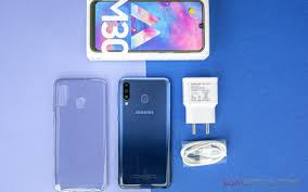 Samsung Galaxy M30 Best Low Price Phone Review