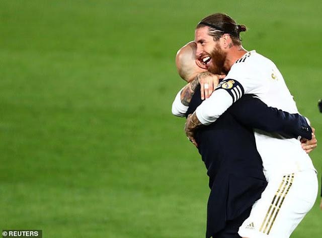 """Real Madrid vô địch La Liga lần thứ 34: Rực rỡ Zidane và """"gà son"""" Benzema 9"""