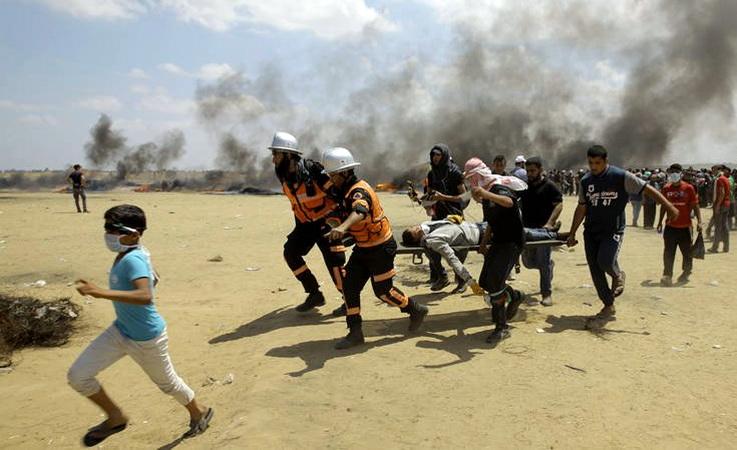 Παγκόσμιο σοκ για το λουτρό αίματος στη Γάζα και οι αχυράνθρωποι των Αθηνών