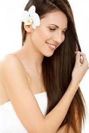 बालों को ये चीज लगाए आप के बाल इतने लम्बे हो जाएंगे और गंजे सर पर भी बाल आजाएंगे !