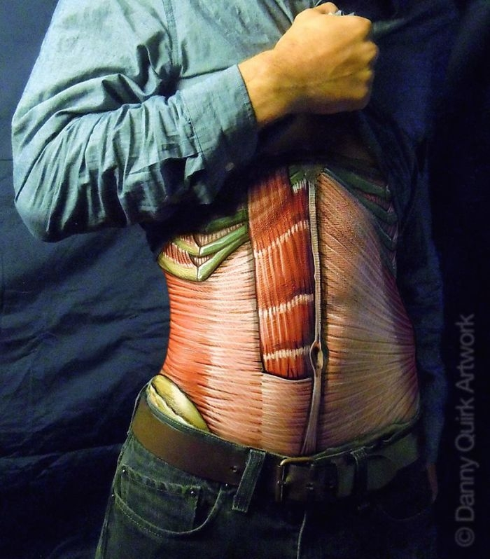 06-Danny-Quirk-Anatomy-Explored-with-Body-Painting-www-designstack-co