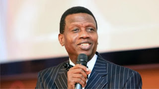 """""""Don't marry a lady that cannot cook"""" – Pastor Adeboye warns single men"""