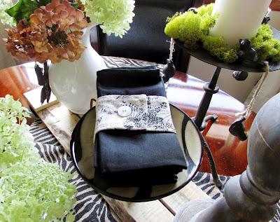 Pallet wood, Hydrangeas and Zebra Tablescape