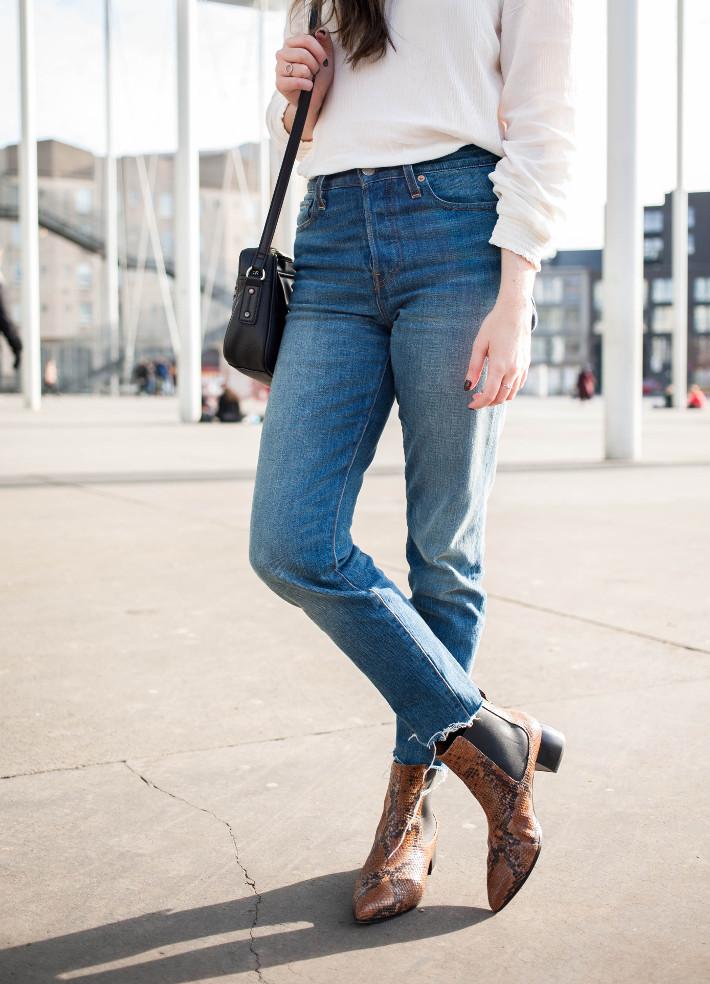 Levi's Coyote Desert wedgie jeans