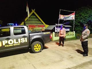 Patroli Malam, Personel Polsek Malua Sampaikan Protokol Kesehatan ke Warga