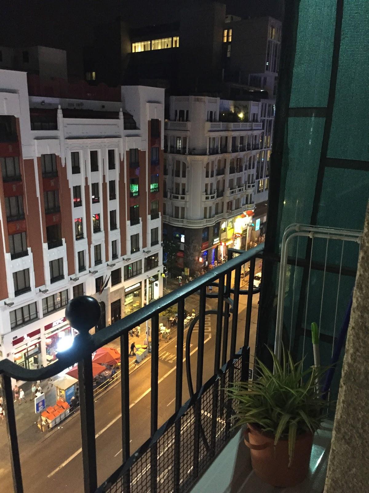 Gran Via airbnb view