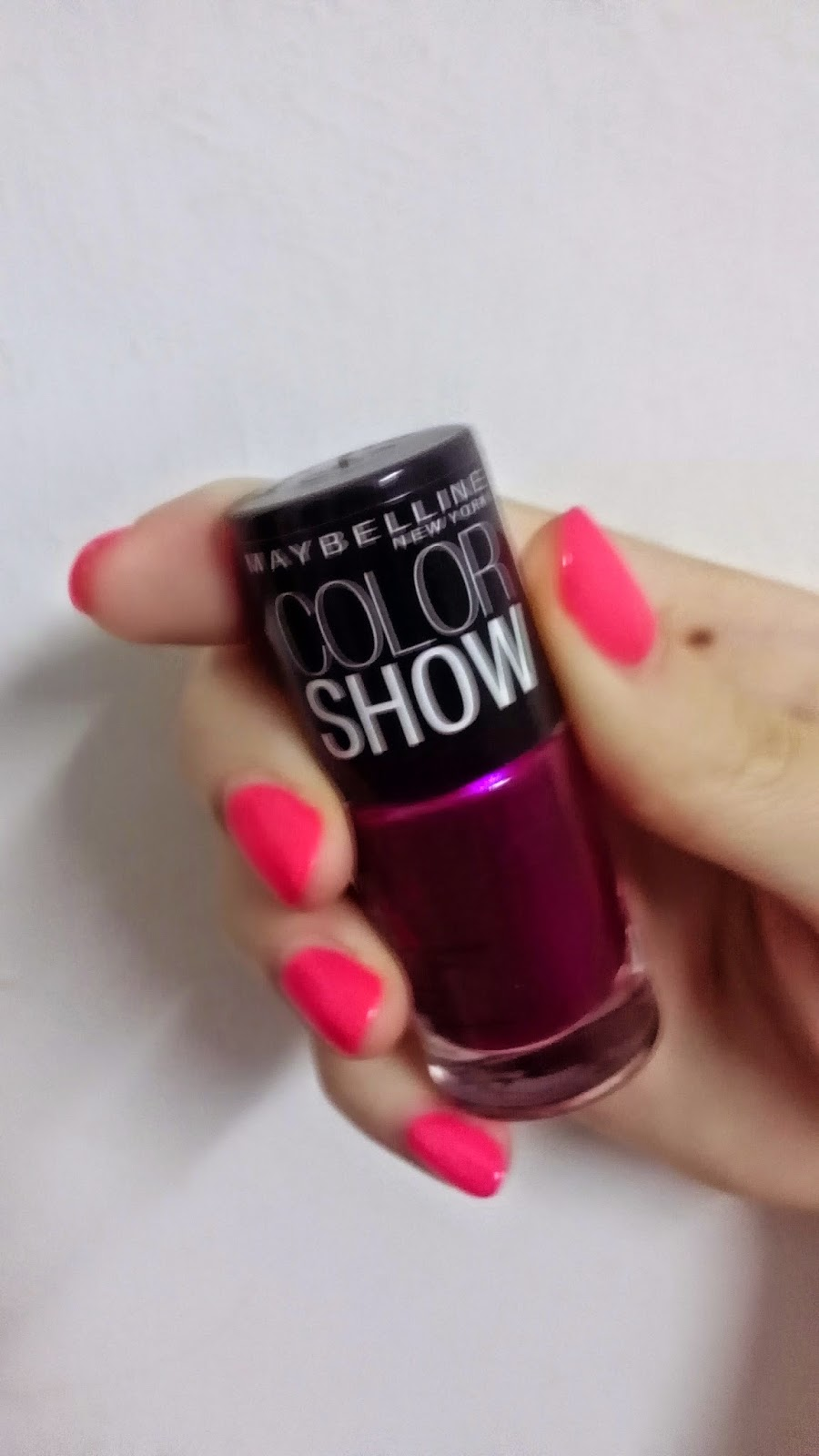 Product Review: Maybelline Color Show Nail Polish In Berry