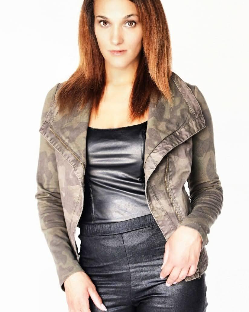 Leah Renee-K 4