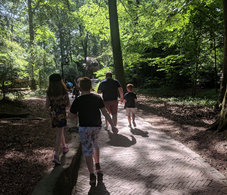 Photos from the Fairytale Forest at Efteling  - walkways and paths