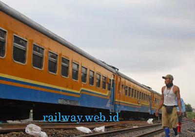 Gambar kereta api kutojaya selatan