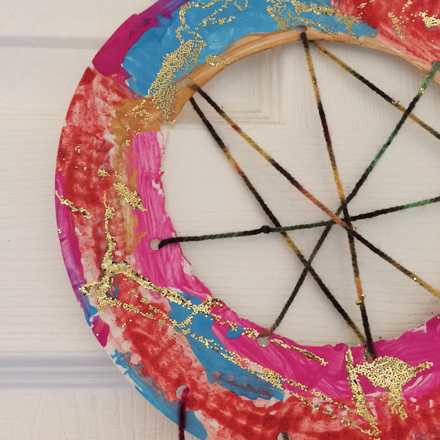 Paper plate dreamcatchers