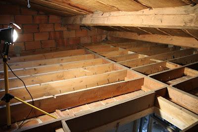 r novation de ma maison isolation du grenier par le sol. Black Bedroom Furniture Sets. Home Design Ideas