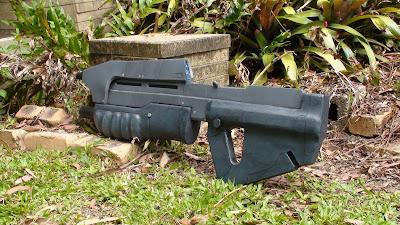 Halo Combat Evolved Assault Rifle Prop
