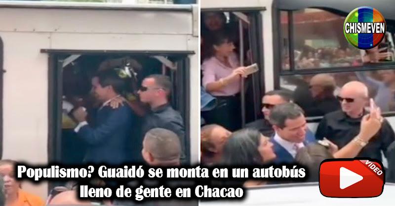 Populismo? Guaidó se monta en un autobús lleno de gente en Chacao