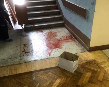 Депутата облили кров'ю перед засіданням
