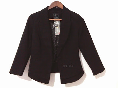 Black-blazer-size-S