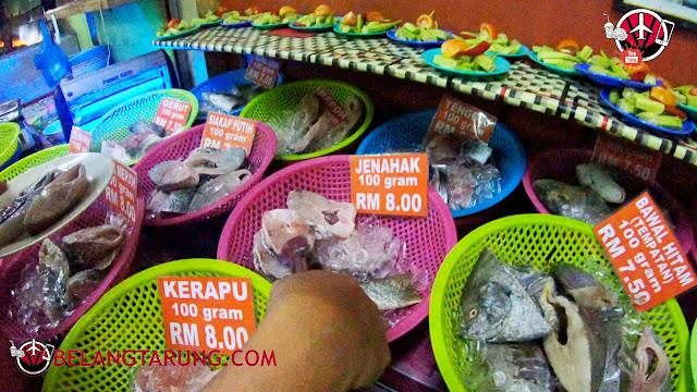 Seafood Dan Sayuran Untuk Di Masak
